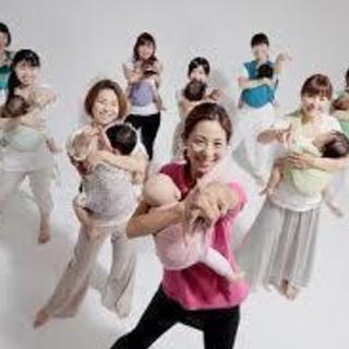 12/13 木曜日は 0歳児からのChristmasコラボイベント ベビーマッサージ&ベビーダンス&カラーセラピー めっちゃ盛りだくさんで楽しいよー♡ − 大阪府