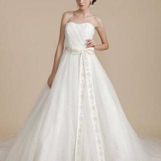 ウェディングドレス ワタベ arohina Linoの画像