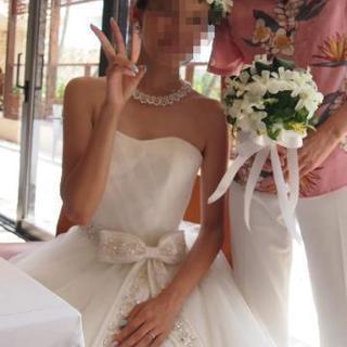 ウェディングドレス ワタベ arohina Lino − 神奈川県