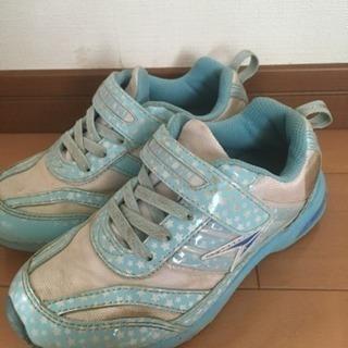 女児用靴(瞬足)19㎝