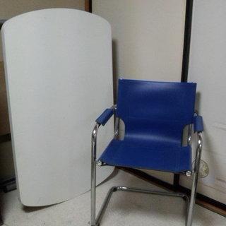 交渉可  昇降テーブルと椅子のセット