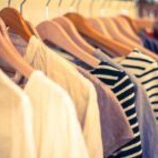 レディースファッション雑貨・洋服などの販売
