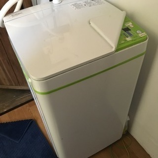 2016年製の可愛いデザインの洗濯機!