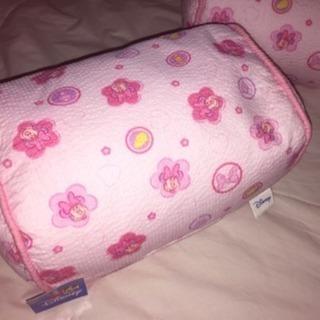 新品 ディズニー ミニーマウス♪縮緬和柄ビーズクッション 枕