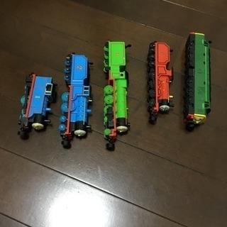 機関車トーマスのブリキ?鉄?製列車 と MAPシートとレール used − 東京都