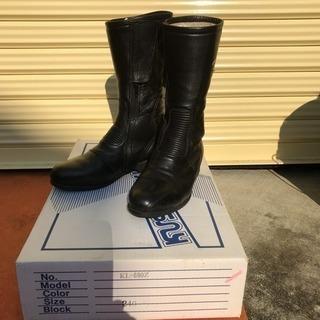 クシタニの革ブーツ 24センチ