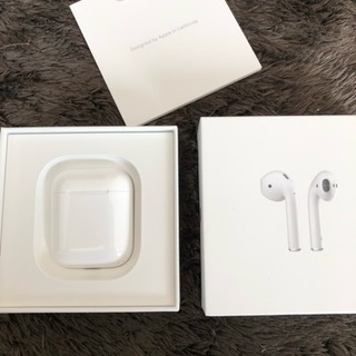 極美品 Apple AirPods MMEF2J/A