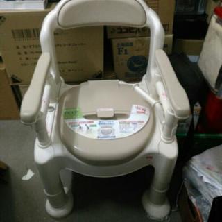 未使用 安寿 ポータブルトイレ 介護 排泄 便座 椅子