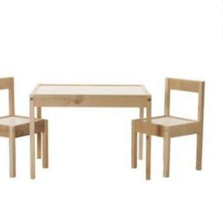 IKEA子供用テーブルと椅子のセット