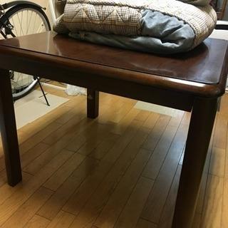 家具調こたつ(掛け布団付き、椅子無し)お譲り致します。