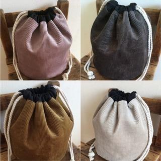 コーデュロイの丸底巾着バッグ