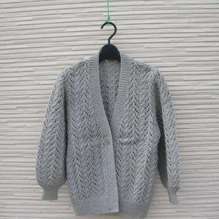 手編みのカーディガン10