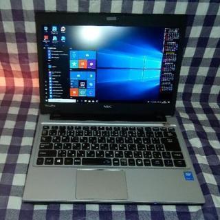 【販売成立】B5モバイル/HD+液晶/第4世代Core i3/新...