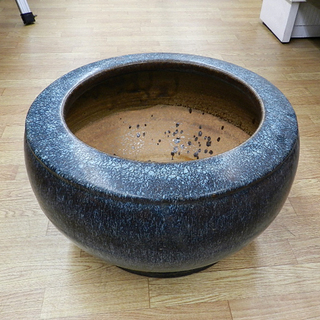 火鉢 直径52×高さ30㎝ 陶器 ブルー 青 大型 ひばち 灰なし...