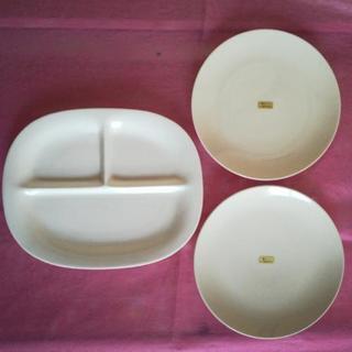 白いお皿 三枚
