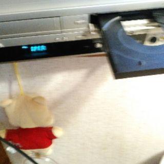 ジャンク品ビデオ一体型DVDレコーダー