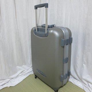 MILANO スーツケース 中型(シルバー)中古品