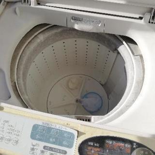 とても古い洗濯機