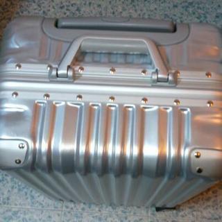 スーツケース  キャリーバッグ  シルバー  Sサイズ  …