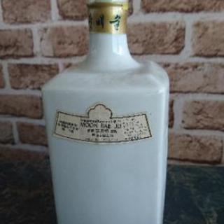 大幅値下げ 超レア物 未開封の韓国の古いお酒?1986年40度7...