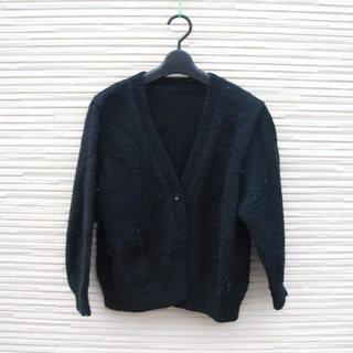 手編みのカーディガン8