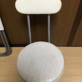 28日までにお渡しできる出来る方限定!折りたたみテーブル、イス − 愛知県