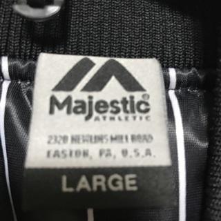 マジェスティック スタジアムジャンパー ヤンキース  - 服/ファッション