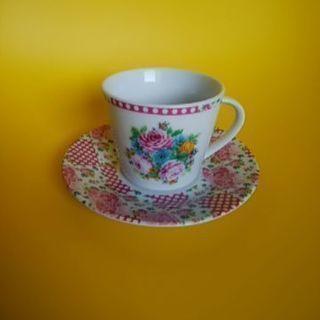 コーヒーカップ(花柄)