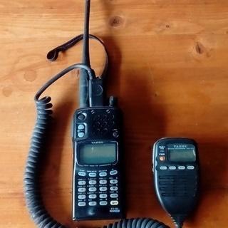 アマチュア無線トランシーバー