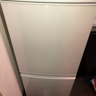 SHARP 冷凍冷蔵庫 SJ-D14A