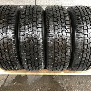 シーズン前特別価格【ピン抜けなし】スパイクタイヤ 195/65R...