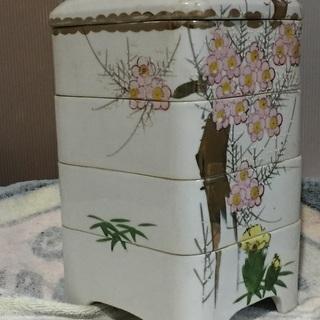 おせち 重箱 美術 陶器 瀬戸  4段重 寿松 時代 美品