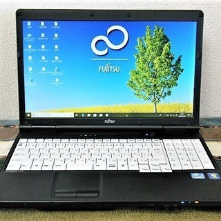 💗15.6型/高性能🆙i5/光速☆彡SSD120GB保証付き/MS Office 2016📒✎/快適♬メモリ4GB/DVDSマルチ💿/HDMI📺/すぐ使えるWindows10 メディア作成ツール付💿/すぐ繋がるWi-Fi📶/10キー付きKB/FUJITSU LIFEBOOKの画像