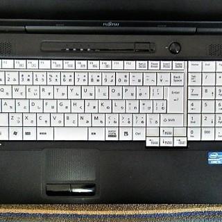 💗15.6型/高性能🆙i5/光速☆彡SSD120GB保証付き/MS Office 2016📒✎/快適♬メモリ4GB/DVDSマルチ💿/HDMI📺/すぐ使えるWindows10 メディア作成ツール付💿/すぐ繋がるWi-Fi📶/10キー付きKB/FUJITSU LIFEBOOK - パソコン