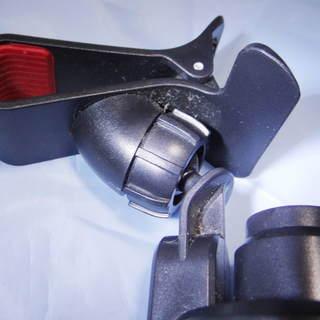 車でのスマホのホルダー(粘着式) 未使用品