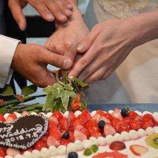 ありがとうを伝える、合掌から始まる結婚式