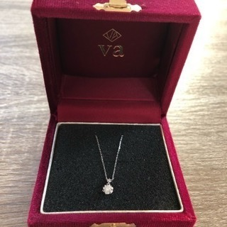 Vaダイヤモンドプラチナネックレス