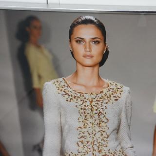インテリアに。大きなファッション写真です。約81センチ角。印刷で...