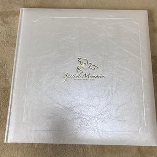 【新品未使用】フォトアルバム 台紙付き 記念写真 六切用 四切用
