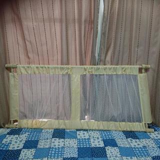 窓用ゲート