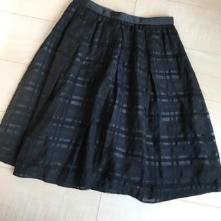 アプワイザー リッシェ 黒スカート