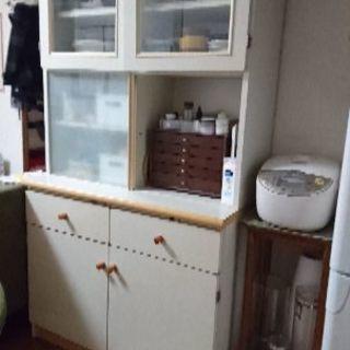 値下げしました!!ナチュラルな食器棚