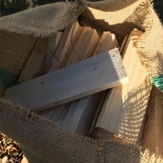 大好評!材木 薪 端材