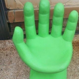 手形のイス ライトグリーン おもしろイス