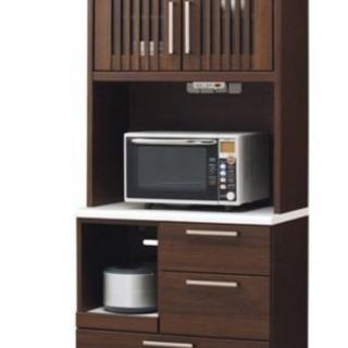 キッチンボード、食器棚
