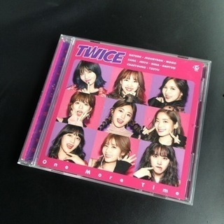 TWICE CD