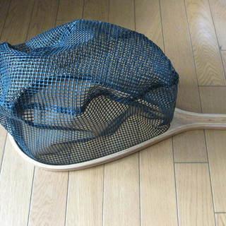 【開封品ですが未使用】タモ網(取っ手は木製・網部分はゴム製です)