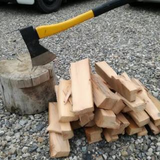 よく燃えます!柱 角材 薪 10キロ分 木材 材料 引き取り歓迎...