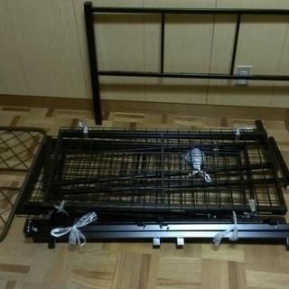新古品組立てパイプベッド(コイルマット付き)