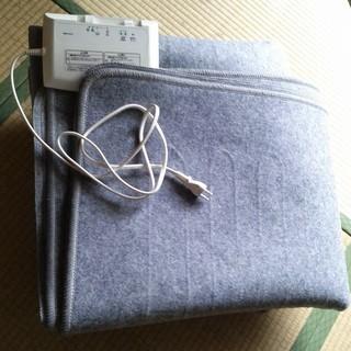電気ホットカーペット 3畳用 コイズミ 本体のみ